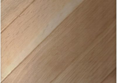FinFloor Eng With Tongue and Groove 1 Strip - Euro oak Rustic Chevron
