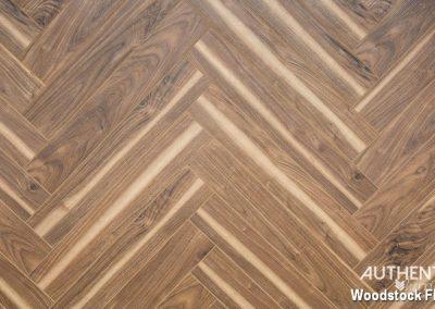 FINfloor Authentic Herringbone - Walnut